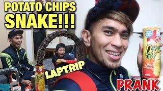 POTATO CHIPS SNAKE PRANK | LAPTRIP 😂😂😂 | Bugbog ako sa mga Bata 🤣😅😂