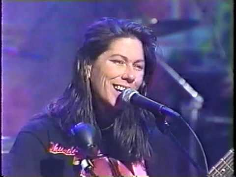 "The Breeders ""Cannonball"" On The Jon Stewart Show 1993"