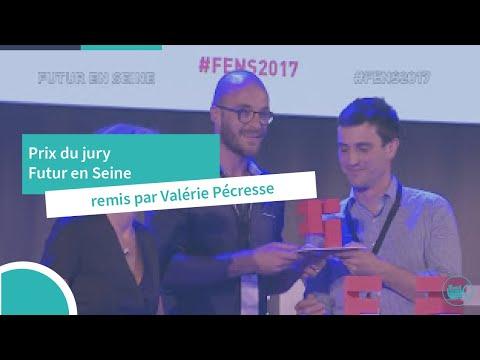 K-Ryole Prix du Jury Futur En Seine remis par Valérie Pecresse