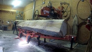 Wood-Mizer LT50 Sawmill Battles MONSTER Cottonwood Log