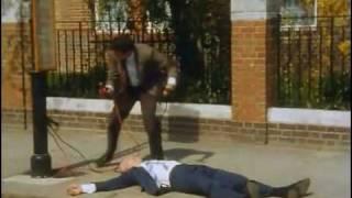 """Gambar cover Mr Bean - Episode 6 - """"Mr Bean Rides Again"""" Part 1"""