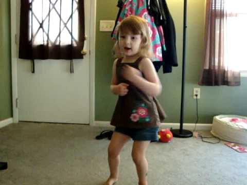 Emma singing Bate Bate Chocolate
