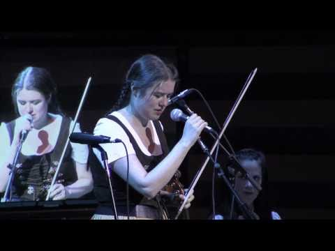 LaraSt.John&Polkastra - Performance: A Lively Polka