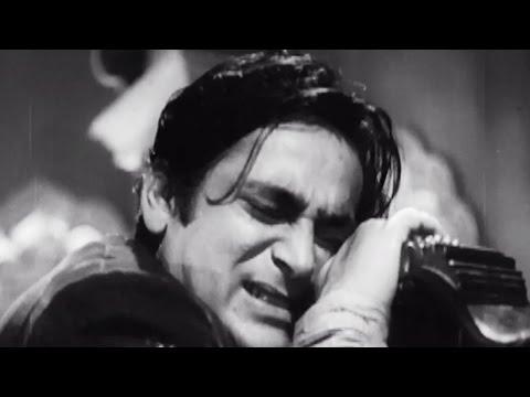 Rehman kills himself - Chaudvin Ka Chand Emotional Scene 10/10