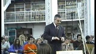 Daniel Mazza Conductor. Suite Holberg #5 - Grieg.