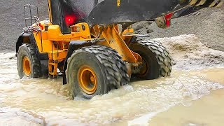 RC BEST OF MUD! RC MUDDING! RC TRUCK STUCK! RC CONSTRUCTION SITE