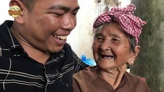 Tâm xe ôm cổ vũ bà ngoại bán vé số 91 tuổi chinh phục 100 triệu Thách thức danh hài 6