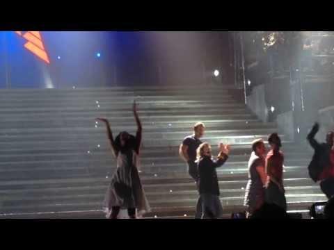 Melanie C having a blast @ Jesus Christ Superstar, O2 Arena [13.10.13]