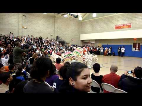 Sovereign ave school lion dance.MOV