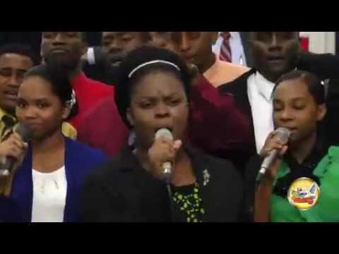 He Lift Me Up | Sis. Maria Bramble & Saints