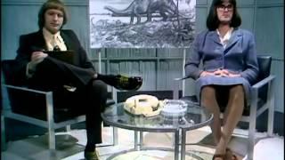 Монти Пайтон - Многовато курю и бронтозавры