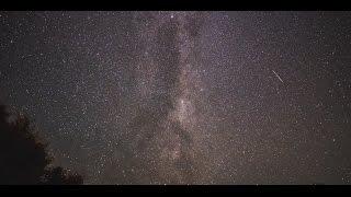 Stunning Timelapse of Swirling Galaxy From Takamatua, New Zealand