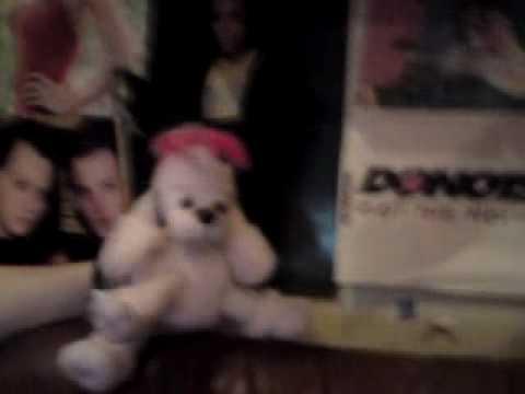 Robbie, The Little Dog Performs: Robbie Williams - Blasphemy