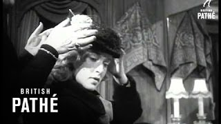 Poodle Hats Aka Hat Choosing Poodle (1952)