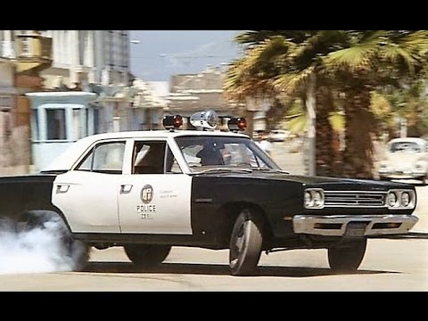 '69 Plymouth chases '69 Belvedere