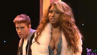 vermillionvocalists.com - Nicki Minaj Spoofs Kim Kardashian & Beyonce on SNL
