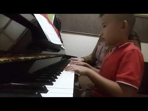 Teaching Bennett - Hey, Mr. Half Note Dot! - Piano Adventures Lesson Primer