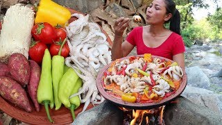 Octopus Curry with Mushroom ,Yam, Tomato, Chili - Octopus recipe Hot spicy Tasty delicious