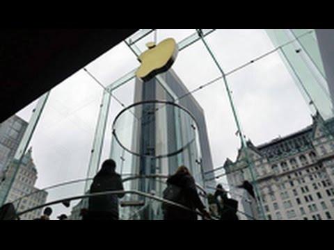 Apple Inc. (AAPL) Unleashes Major Apple Store Shakeup