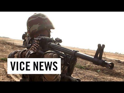 La Guerra contra Boko Haram / Colegialas a la venta en Japón | VICE News presenta | Episodio 2