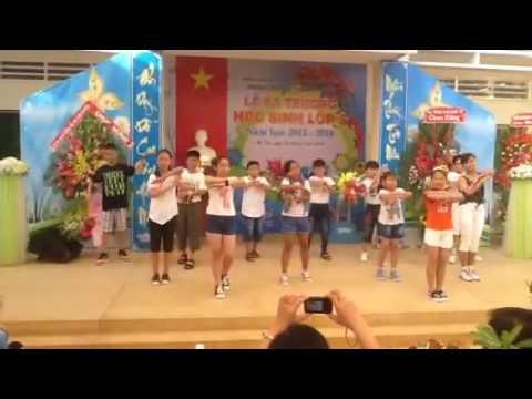 Nhảy minion + bang bang bang vào ngày Lễ ra trường
