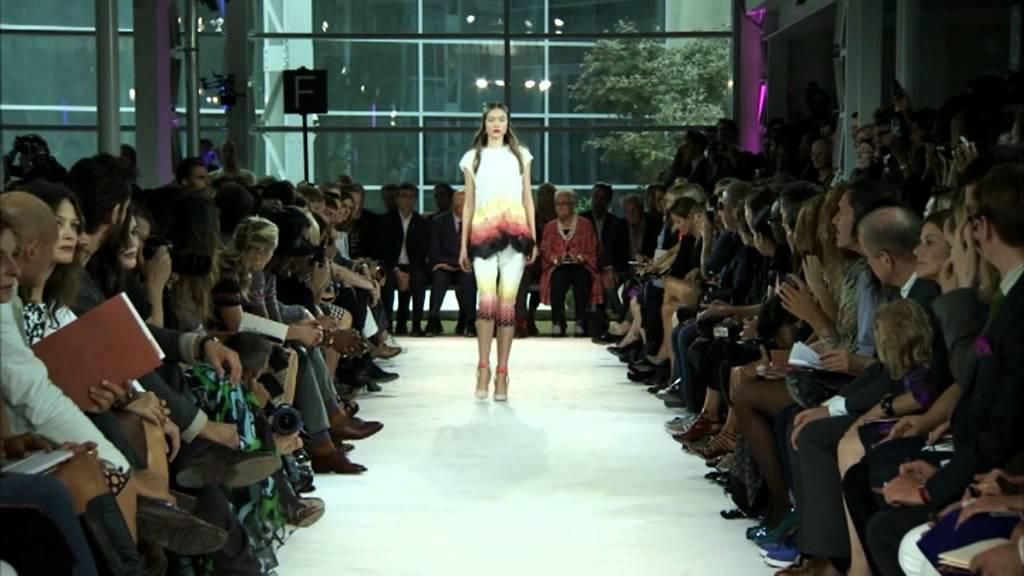 b51aa2ae247299 Missoni Women s Fashion Show SS 2013.VOB - YouTube