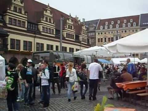 LIPSIA germania. festa in piazza.