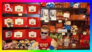 VLOG: MISTER BOY покупает подарки на ДР цветы конфеты рюкзак трек Hot Wheels динозавр REX!