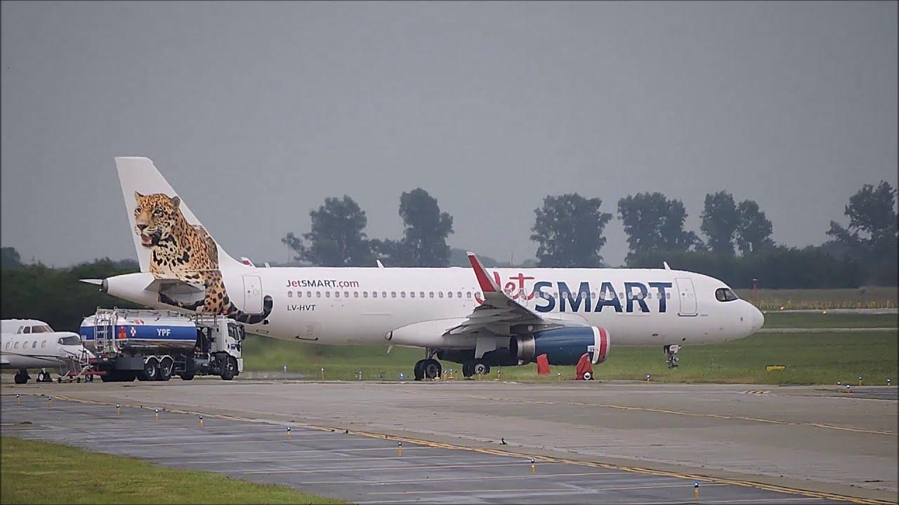 Airbus A320 LV-HVT de Jet Smart Argentina, despegando en Córdoba (23FEB21)
