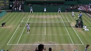 Mind blowing Federer shot