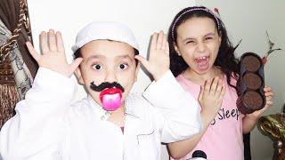 مريومة تخدع أبوها الكبير بالحلويات!!