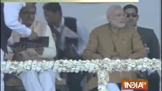 PM Modi Reaches MP's Khandwa - India TV