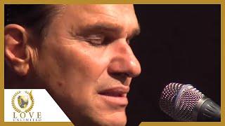 I sing praises to Your Name - Terry MacAlmon (2010)