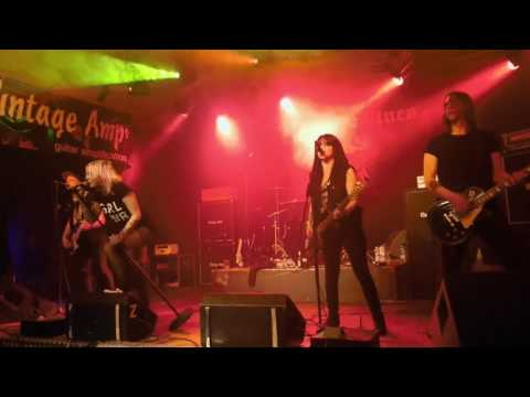 The Headlines - Tough Love (14.01.2017 in Adelsheim)