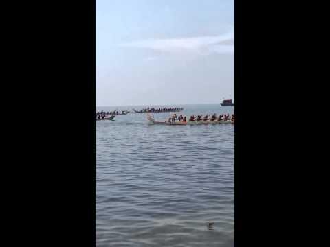 Đua thuyền tại đảo Lý Sơn