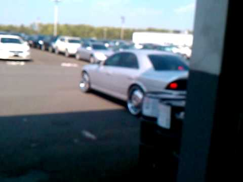 Quick Video of Lincoln Ls on 22s pulling out the shop  YouTube