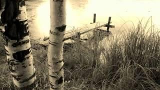 Видео Армейские и дворовые песни под гитару- Старый дом(, 2013-03-28T23:17:43.000Z)