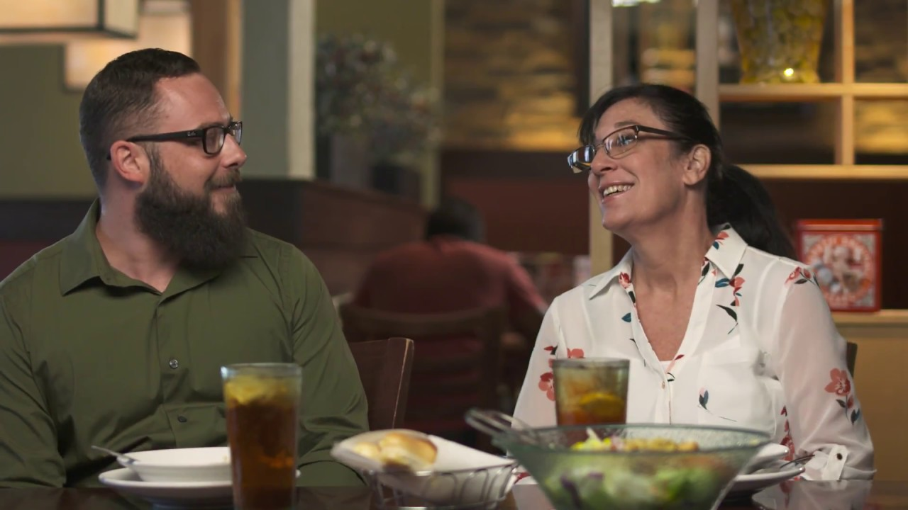 Share a Momversation with Olive Garden