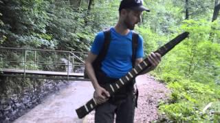 kedar a jeho bronzová kytara