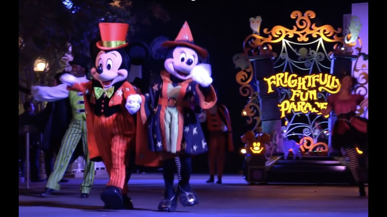 Frightfully Fun Parade 2018 Mickey S Halloween Party