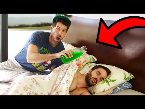 SLIME PRANK SUR CARL IS COOKING - HUBY
