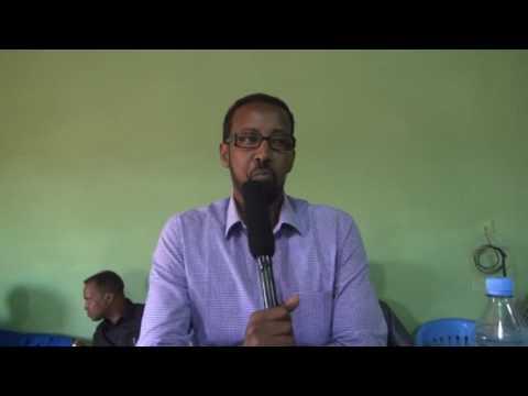 Wasiirka Caafimaadka Somaliland oo La Kulmay Shaqaalaha Caafimaadka ee Buuhoodle