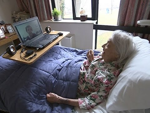 Video Messages Help Reassure Dementia Patients