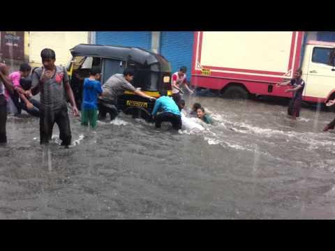 shivaji nagar govandi rainy resort