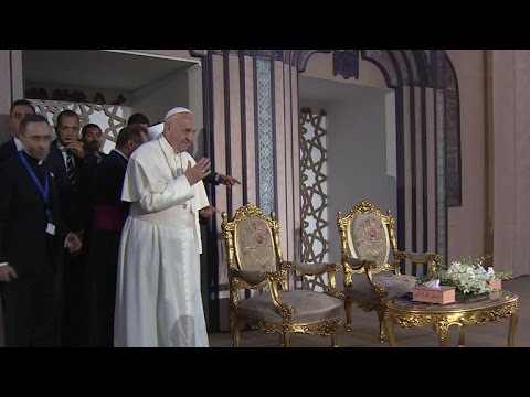 Pope Francis wraps up Egypt unity tour amid heavy security