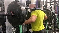 Lars Sullivan and Babatunde hit 400-pound box squats at the WWE PC