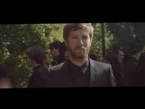 Bertrand Belin - Un Déluge (Clip Officiel)