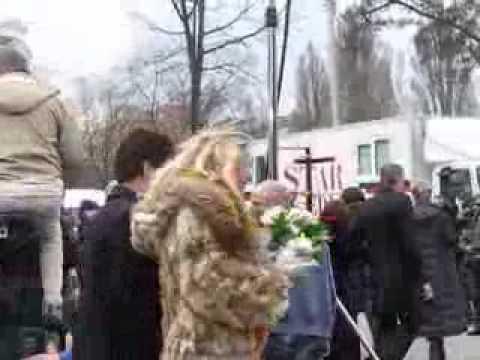 Татьяна Арнтгольц в сериале Трава под снегом