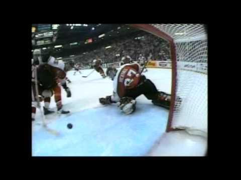 1997 Playoffs: Phi @ Det - Game 4 Highlights