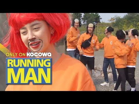 Song Ji Hyo Is The Only One Who Chose A Red Wig!? [Running Man Ep 425]
